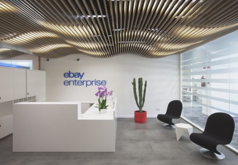 eBay Barcelona Reception straight from door