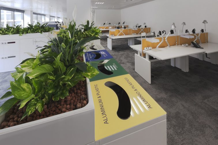 eBay Barcelona Desks near reception