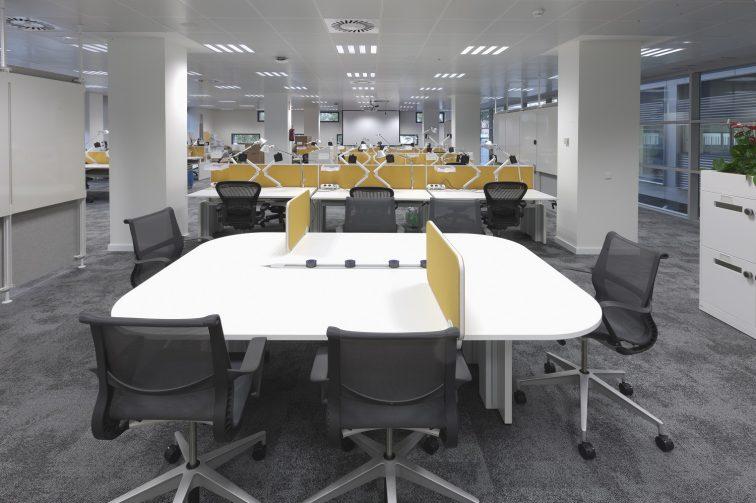eBay Barcelona Desks flex work area